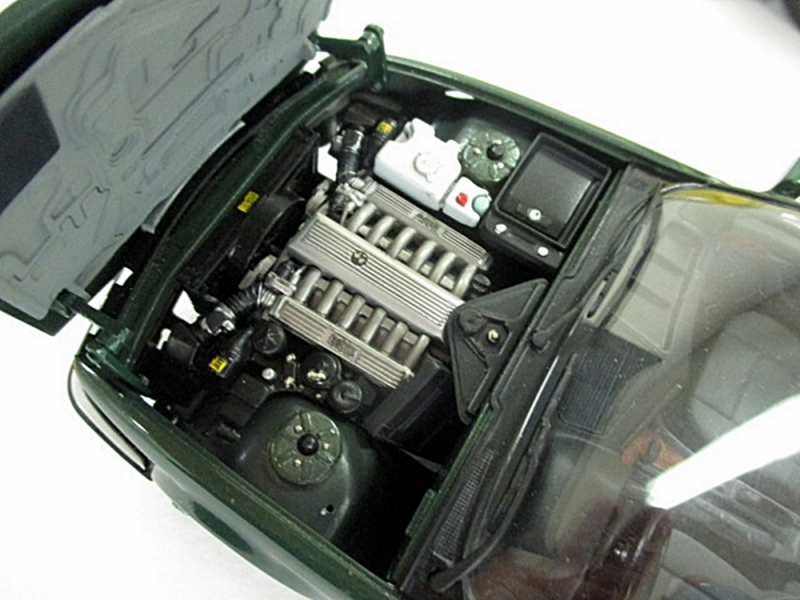 BMW750i-c1