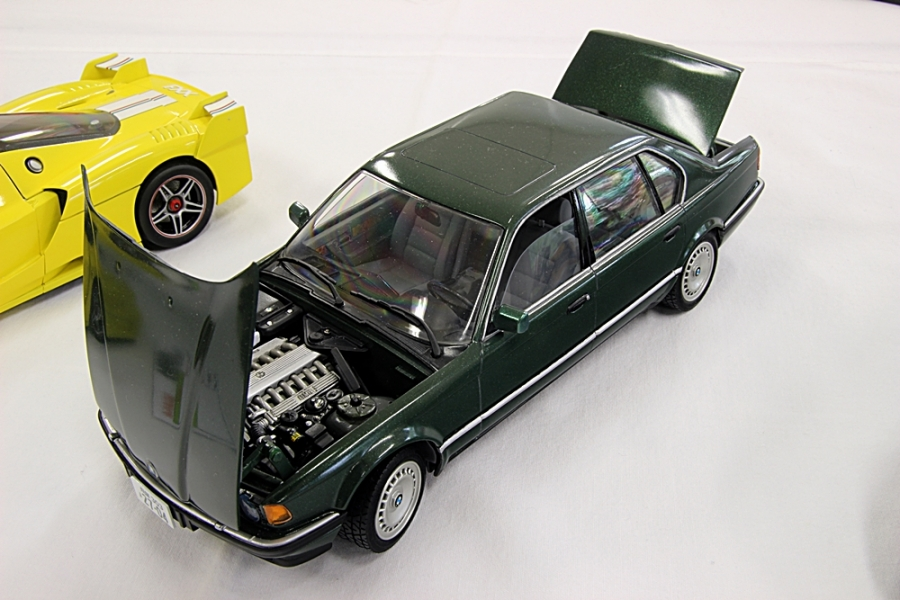 BMW750i.jpg