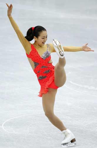 Mao-Asada-Figure-Skating-I-Got-Rhythm-Lori-Nicol-2012-2013-choreo-step-sequence-25.jpg
