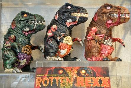 instinctoy-rottenrexx-01.jpg