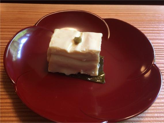 豆腐の昆布締め