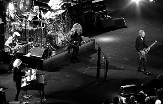 FleetwoodMac2015-07-08HydroGlasgowScotland20(1).jpg