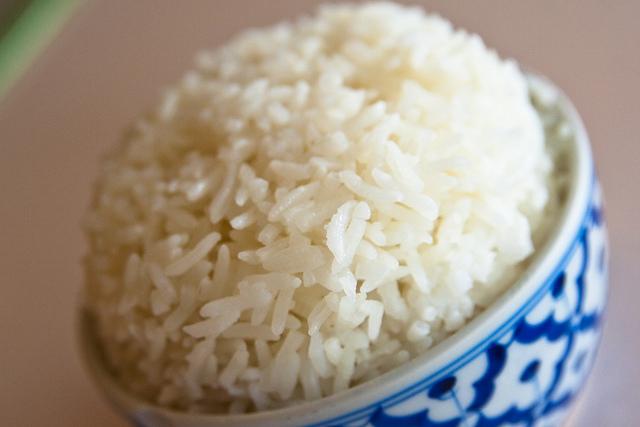 身近にあるもので3合の米を簡単にはかる方法