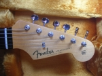 fender usa american vintage 62 stratocaster headstock