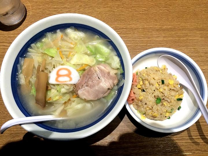8番らーめん/福井