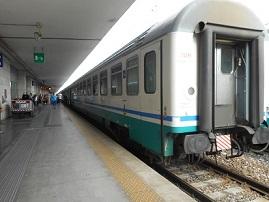 イタリアパドヴァ駅 →ミラノ 2014年6月22日 宏有氏撮影