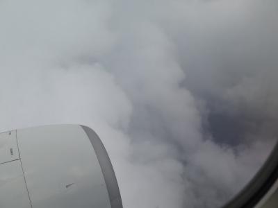 雲の中に突っ込んで・・・