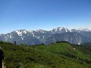 立山・剱を眺めながら歩く K氏は来週 あの剱・立山の山頂に立つ