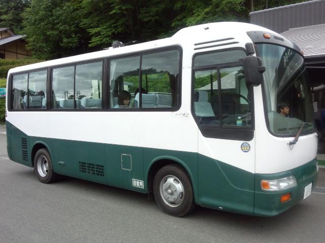 マイクロバス0628