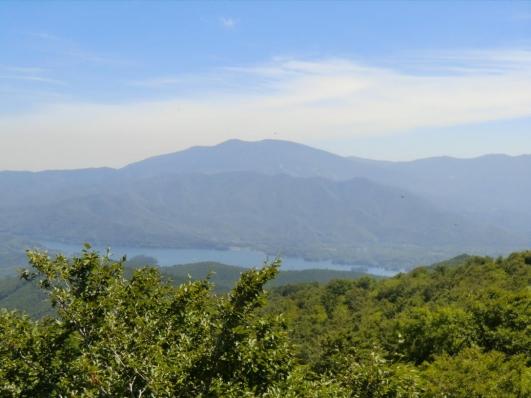 檜原湖と西大巓と西吾妻山