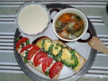 玄米甘酒プリン&夏野菜たっぷりモーニング2