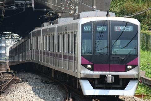 08-104F