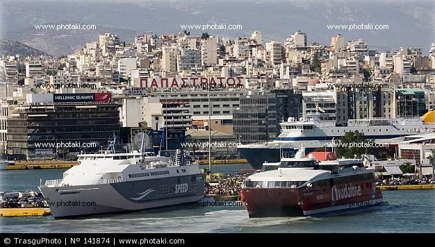 アテネ、ギリシャのピレウス港_141874