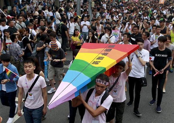 台湾同性婚デモ