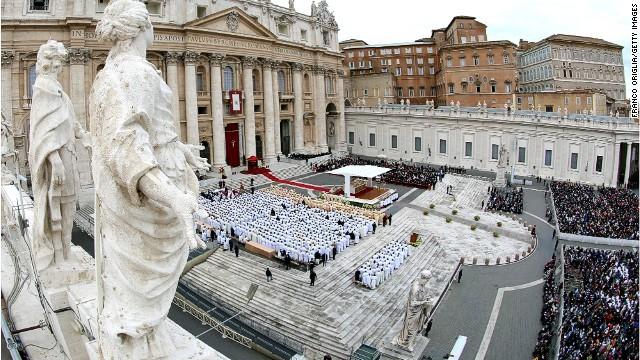 cityscape-vatican-statues.jpg