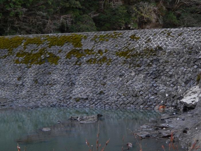 DSCN9605高千穂発電所籾󠄀崎堰堤