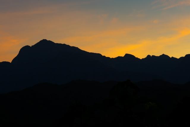 甲斐駒ヶ岳と夕陽-02