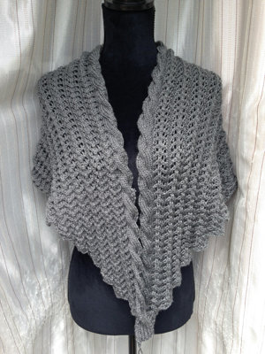 200150730  Lace and Cable Shawl