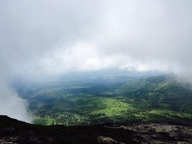 大岳山頂から