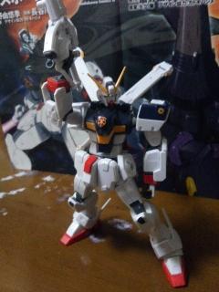 HGUCクロスボーンガンダムX1 003