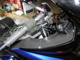ZZR400685.jpg