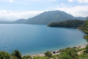 本栖湖(身延町)