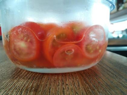 塩トマト仕込みました。