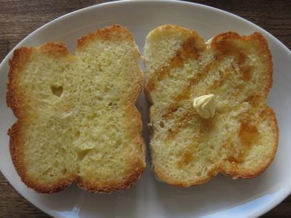 バター塗ってトースト