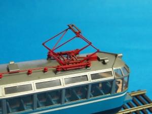 ガラス電車02-ed01