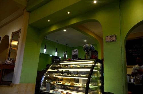 05012015earth-cafe04.jpg