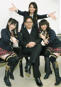 akimoto4.jpg