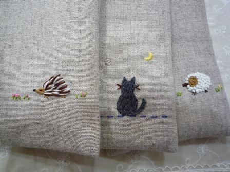 刺繍スマホ2
