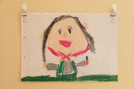 子供の絵を飾る