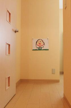 子供の絵 飾る場所