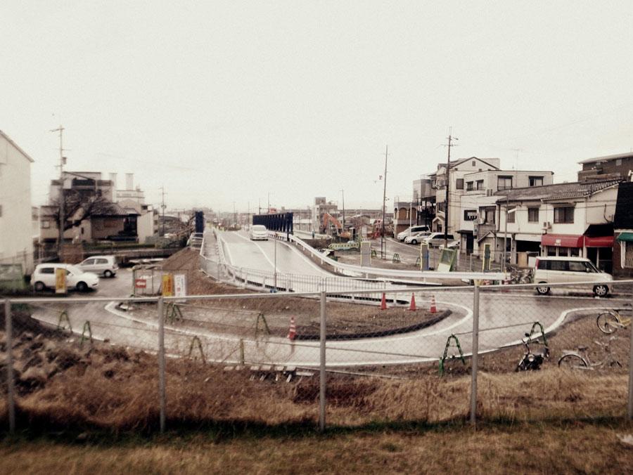 鳥羽街道駅前