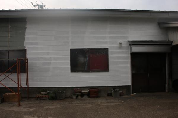 外壁 13