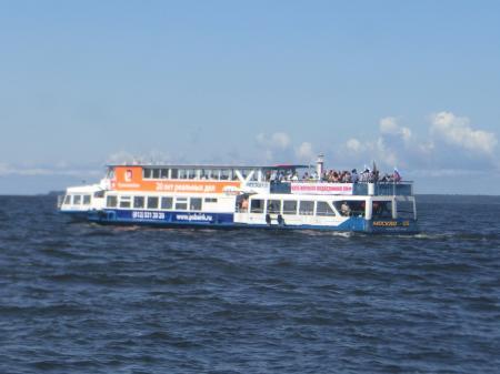 ペテルゴフ高速船8