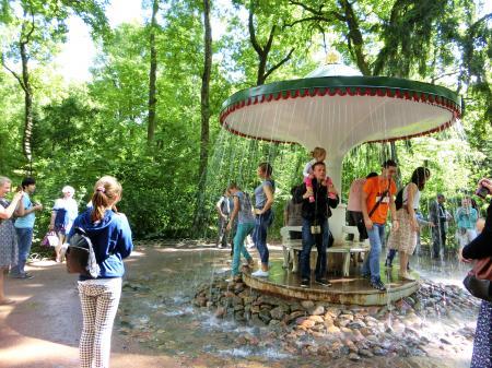 ペテルゴフ 噴水公園16