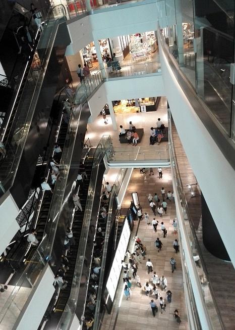 8 グランフロント大阪・南館