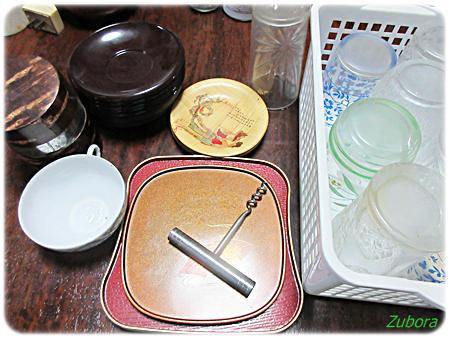 茶箪笥の棚の断捨離