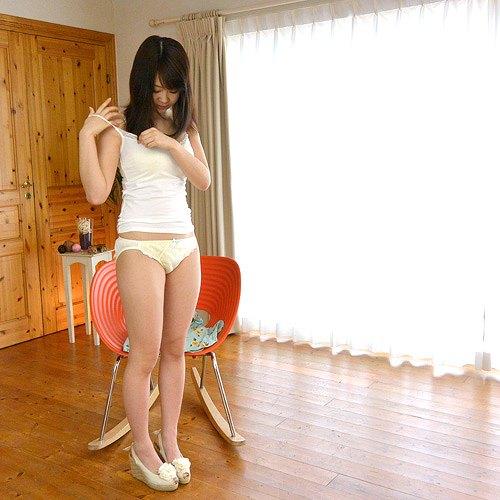 春宮すずFカップ美巨乳おっぱい画像b04