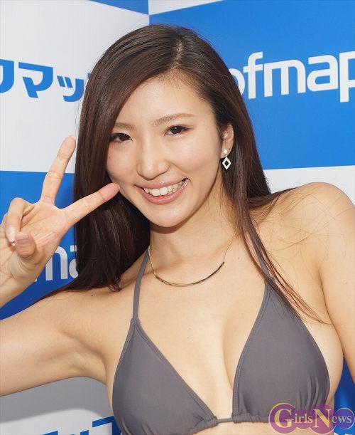 松嶋えいみFカップ巨乳おっぱい画像2b06