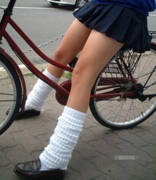 【三次画像あり】 JK自転車パンチラ女子高生集めたから貼ってくよ~♪ 54枚 part.14 No.3