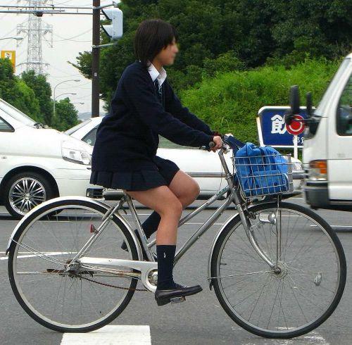 【三次画像あり】 JK自転車パンチラ女子高生集めたから貼ってくよ~♪ 54枚 part.14 No.6