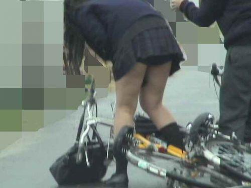 【三次画像あり】 JK自転車パンチラ女子高生集めたから貼ってくよ~♪ 54枚 part.14 No.10