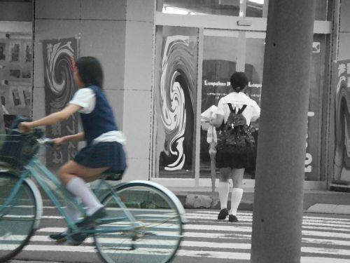 【三次画像あり】 JK自転車パンチラ女子高生集めたから貼ってくよ~♪ 54枚 part.14 No.15