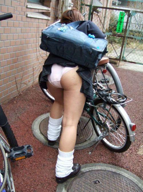 【三次画像あり】 JK自転車パンチラ女子高生集めたから貼ってくよ~♪ 54枚 part.14 No.20