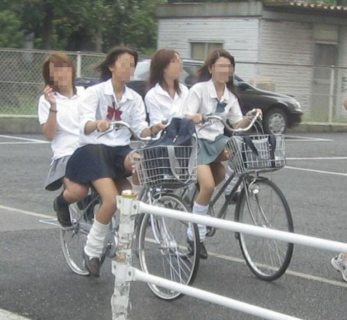 【三次画像あり】 JK自転車パンチラ女子高生集めたから貼ってくよ~♪ 54枚 part.14 No.22