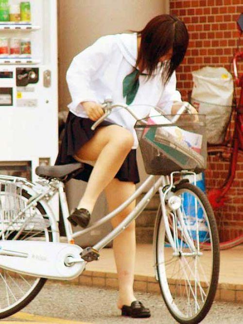 【三次画像あり】 JK自転車パンチラ女子高生集めたから貼ってくよ~♪ 54枚 part.14 No.32