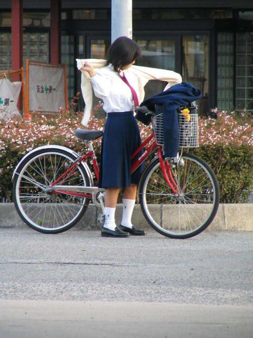 【三次画像あり】 JK自転車パンチラ女子高生集めたから貼ってくよ~♪ 54枚 part.14 No.49